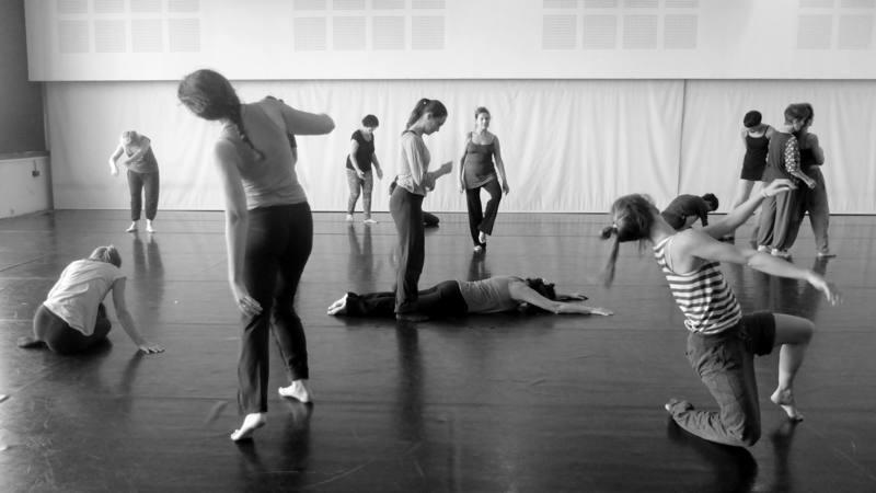 Atelier de danse contemporaine  Nathalie Pernette Cie Pernette