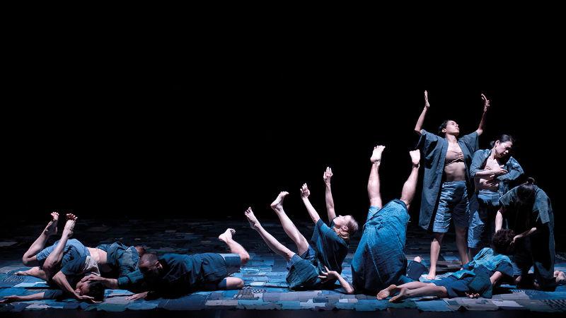 Atelier de danse contemporaine  Thomas Lebrun Centre Chorégraphique National de Tours