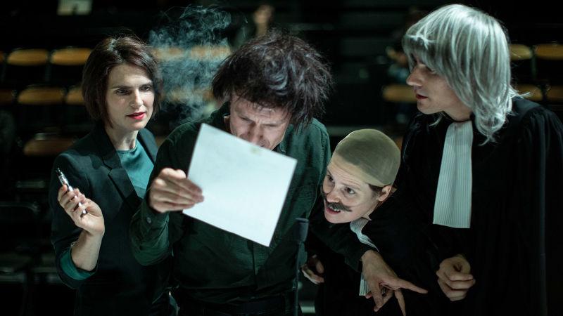 Atelier théâtre - La beauté du geste  Nathalie Garraud et Olivier Saccomano Théâtre des 13 vents, CDN Montpellier _tout public à partir de 16 ans