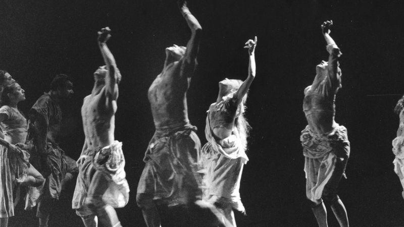 Atelier - Sur les Traces de Folie re-création Claude Brumachon - Benjamin Lamarche  Cie Sous la peau _pour danseurs amateurs